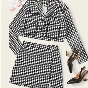 Houndstooth blazer & skirt set-size 8/10